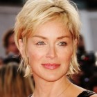 Hairstyles for short hair 50