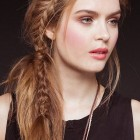 Latest hairstyle for women 2015