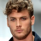 Mens curly short hairstyles