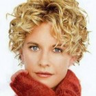 Short curly hairstyles for oval faces