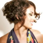 Short curly hairstyles for women with naturally curly