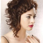 Short hair styles with curls
