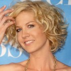 Short haircuts curly hair pictures