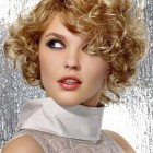 Short haircuts for curly frizzy hair