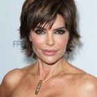 Short hairstyles for 40 women
