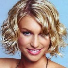 Simple hairstyles for short hair women