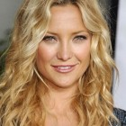 Wavy hairstyles for women