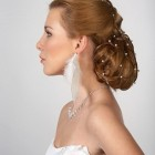 Beautiful bridal hairstyle