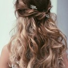 Down prom hairstyles 2017
