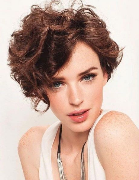 Hairstyles for short curly hair 2020