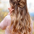 Beautiful prom hairstyles 2021