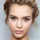 Hairstyles for plaits