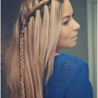 Prom hairstyles for long straight hair