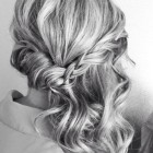 To the side hairstyles for prom