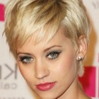 2019 short hairstyles for thin hair