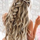 Down prom hairstyles 2020