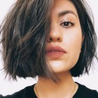 2021 haircuts female round face