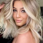 Hairstyles for long blonde hair 2021