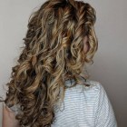 Hairstyles for long wavy hair 2021