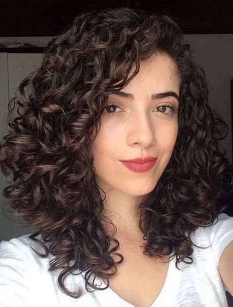 New curly hairstyles 2021