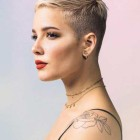Short haircut style for womens 2021