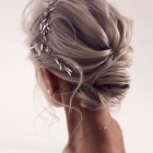 Wedding hairstyle for short hair 2021