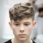 Stylish haircut for round face