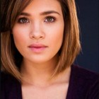 Trendy short hairstyles for round faces