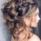 Pretty updos for long hair
