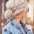 Casual hair up