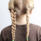Quick and easy hairstyles for girls