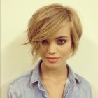 Pixie cut growing out