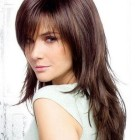 Layer cut hairstyle for thin hair