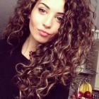 Styles for curly hair female